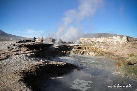 Las piletas enormes de aguas termales.