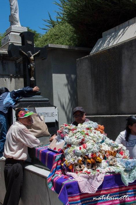 fiestas-cementerios-ñatitas-bolivia-nati-bainotti-8